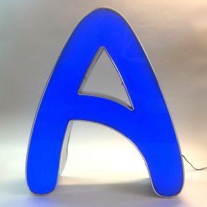 Leuchtbuchstabe A